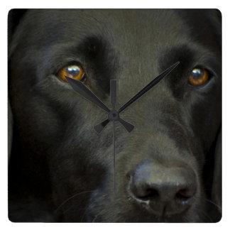 Cão preto de Labrador Relógio De Parede