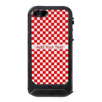 Capa À Prova D'água Para iPhone SE/5/5s Tabuleiro de damas clássico vermelho e branco por