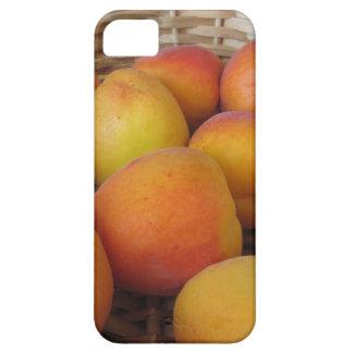 Capa Barely There Para iPhone 5 Abricós frescos em uma cesta de vime
