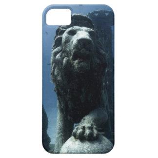Capa Barely There Para iPhone 5 Case de uma estatua de leão aquatica.