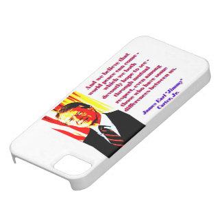 Capa Barely There Para iPhone 5 E nós acreditamos essa paz de mundo - Jimmy Carter