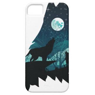 Capa Barely There Para iPhone 5 Lobo que urra com floresta