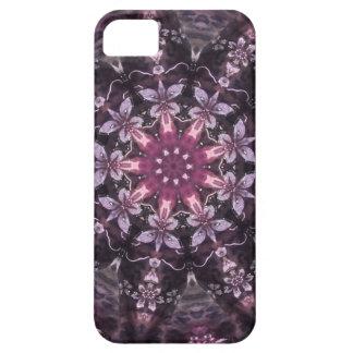 Capa Barely There Para iPhone 5 Mandala floral preta bonito de Borgonha
