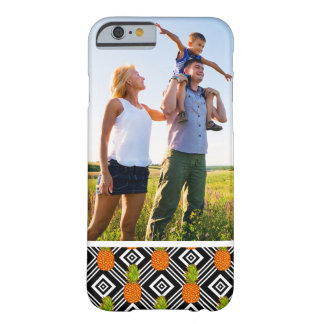 Capa Barely There Para iPhone 6 Abacaxis geométricos da foto feita sob encomenda
