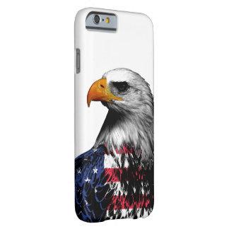 Capa Barely There Para iPhone 6 Águia americana drapejada na bandeira americana