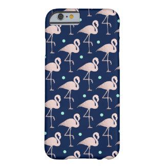 Capa Barely There Para iPhone 6 bolinhas cor-de-rosa da hortelã dos flamingos do