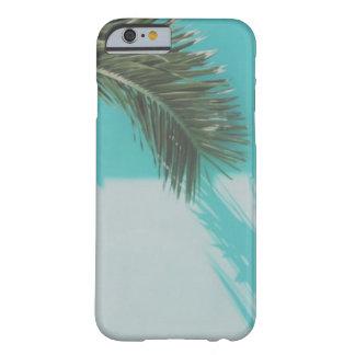 Capa Barely There Para iPhone 6 Caixa da folha de palmeira da parede de turquesa