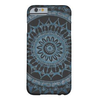 Capa Barely There Para iPhone 6 Caixa escura da mandala pelo design de Megaflora