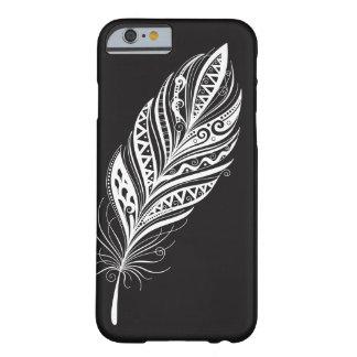 Capa Barely There Para iPhone 6 Caixa preto e branco do telemóvel da pena