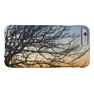 Capa Barely There Para iPhone 6 Céu do inclinação no inverno