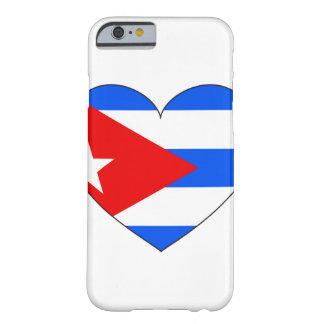 Capa Barely There Para iPhone 6 Coração da bandeira de Cuba