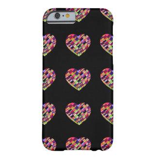 Capa Barely There Para iPhone 6 Corações com partes coloridas