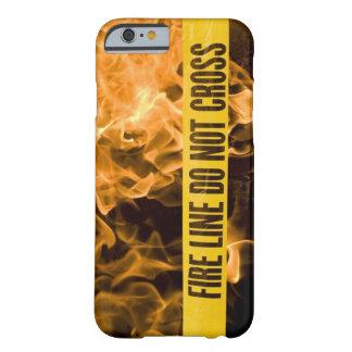 """Capa Barely There Para iPhone 6 De """"A linha fogo não cruza"""" o caso de IPhone6/6s"""