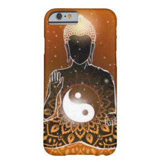 Capa Barely There Para iPhone 6 Design de Ying Yang da meditação de Buddha