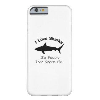 Capa Barely There Para iPhone 6 Eu amo tubarões que é pessoas esse susto mim