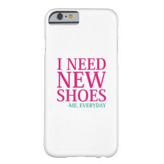 Capa Barely There Para iPhone 6 Eu preciso calçados novos