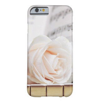 Capa Barely There Para iPhone 6 Exemplo elegante das mulheres
