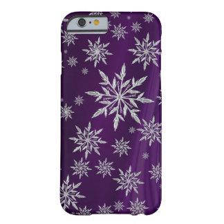 Capa Barely There Para iPhone 6 Flocos de neve de prata Sparkly no roxo