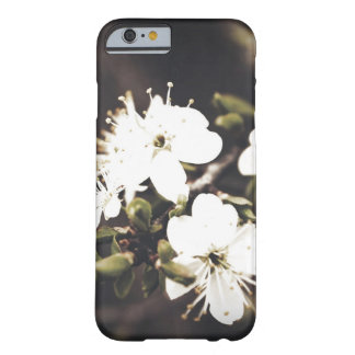 CAPA BARELY THERE PARA iPhone 6 FLOWE 1