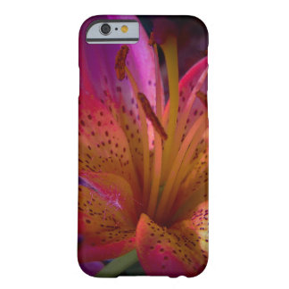 Capa Barely There Para iPhone 6 Lírio cor-de-rosa - confusão bonita