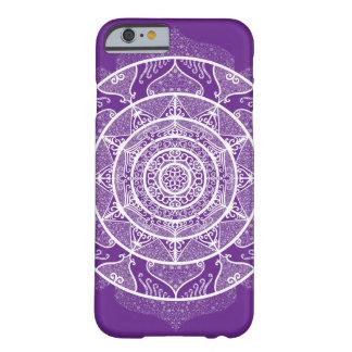 Capa Barely There Para iPhone 6 Mandala da beringela
