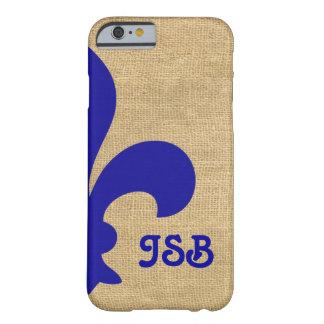 Capa Barely There Para iPhone 6 Monograma parisiense azul da flor de lis dos