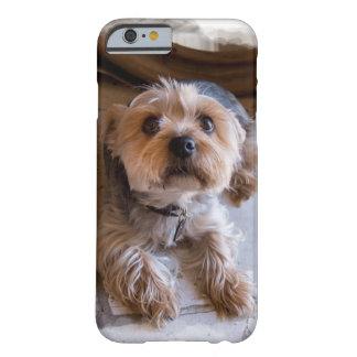 Capa Barely There Para iPhone 6 O cão de filhote de cachorro do cobrir do