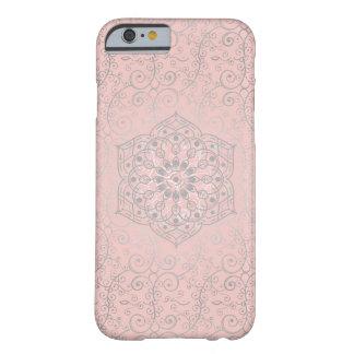 Capa Barely There Para iPhone 6 O estilo cor-de-rosa e de prata de Boho rodou