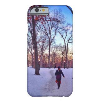 Capa Barely There Para iPhone 6 Passeio sob um por do sol do inverno