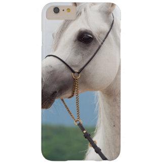 Capa Barely There Para iPhone 6 Plus coleção do cavalo. branco árabe