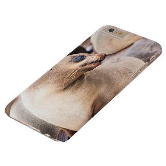 Capa Barely There Para iPhone 6 Plus Eu telefono ao lobo-marinho protetor do cabo do