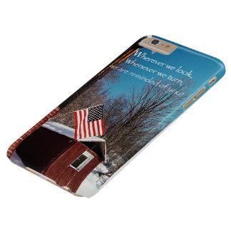 Capa Barely There Para iPhone 6 Plus Lembretes patrióticos da bandeira do celeiro toda
