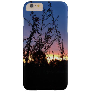 Capa Barely There Para iPhone 6 Plus Nascer do sol entre hastes da silhueta do