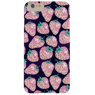 Capa Barely There Para iPhone 6 Plus Teste padrão cor-de-rosa da morango no fundo roxo