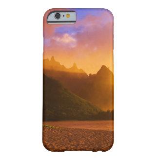 Capa Barely There Para iPhone 6 Por do sol dourado da praia, Havaí