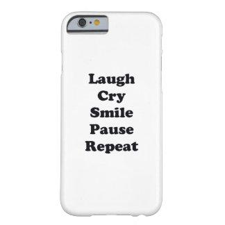 Capa Barely There Para iPhone 6 Repetição do riso
