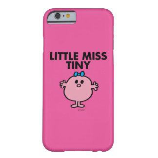 Capa Barely There Para iPhone 6 Rotulação preta pequena da senhorita Minúsculo |