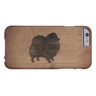 Capa Barely There Para iPhone 6 Silhueta de Pomeranian rústica
