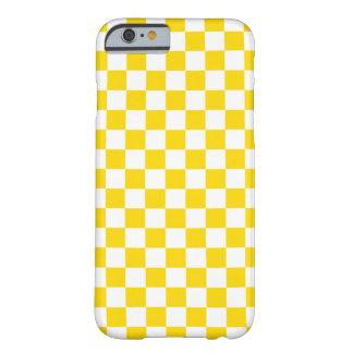 Capa Barely There Para iPhone 6 Tabuleiro de damas amarelo