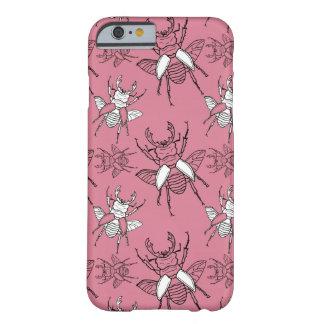 Capa Barely There Para iPhone 6 Teste padrão cor-de-rosa dos besouros de veado