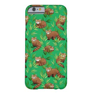 Capa Barely There Para iPhone 6 Teste padrão das folhas da panda vermelha & do