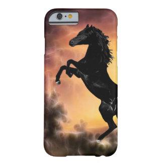 Capa Barely There Para iPhone 6 Uma elevação do cavalo do garanhão do frisão