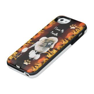 Capa Carregador Para iPhone SE/5/5s Caniche no fogo