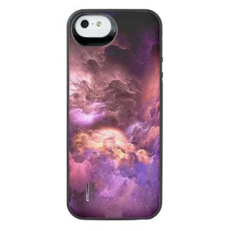 Capa Carregador Para iPhone SE/5/5s Nuvens roxas irreais
