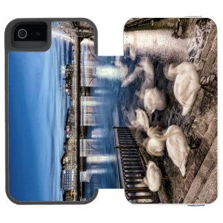 Capa Carteira Incipio Watson™ Para iPhone 5 Sombras das cisnes no lago geneva, suiça