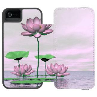 Capa Carteira Incipio Watson™ Para iPhone 5 Waterlilies e flores de lótus cor-de-rosa - 3D