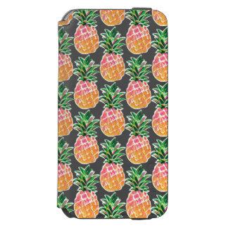Capa Carteira Incipio Watson™ Para iPhone 6 Abacaxi havaiano cor-de-rosa & amarelo alegre