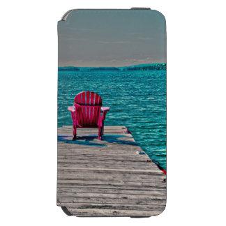 Capa Carteira Incipio Watson™ Para iPhone 6 cadeiras de praia na doca na casa de campo
