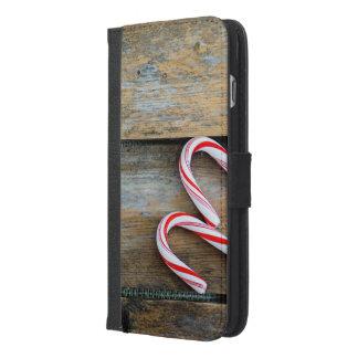 Capa Carteira Para iPhone 6/6s Plus Madeira rústica com os bastões de doces do Natal