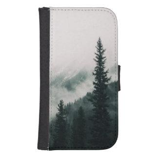 Capa Carteira Para Samsung Galaxy S4 Sobre as montanhas e a calha as madeiras